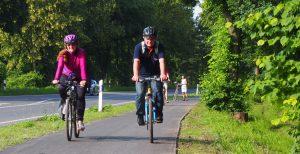 Das freut die Radfahrer: Glatter Asphalt statt Holperstrecke unter den Reifen