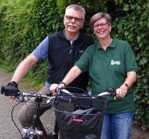 Evelin und Klaus Armonies sind Radlerin und Radler des Jahres 2016 in Krefeld. Foto: ADFC Krefeld - Kreis Viersen